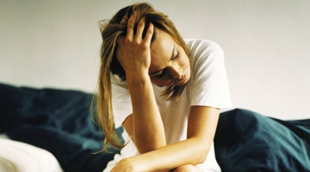 Резултат с изображение за отчаяна жена
