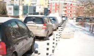 Пияни вандали потрошиха 30 коли