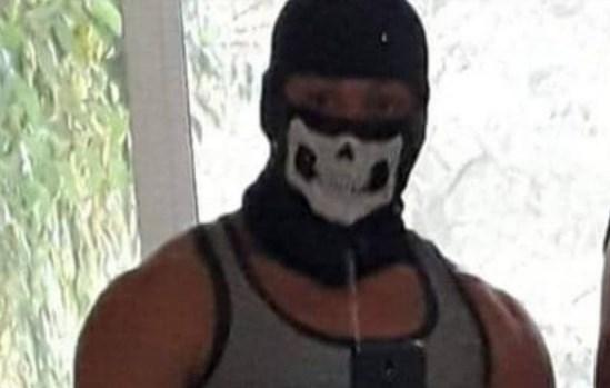 Убиецът от Кюстендил Алекс ужасява със закани във Фейсбук (СНИМКИ)
