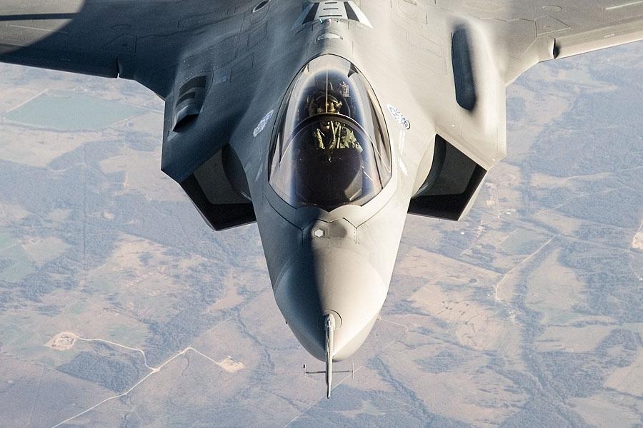 изтребител Ф-35