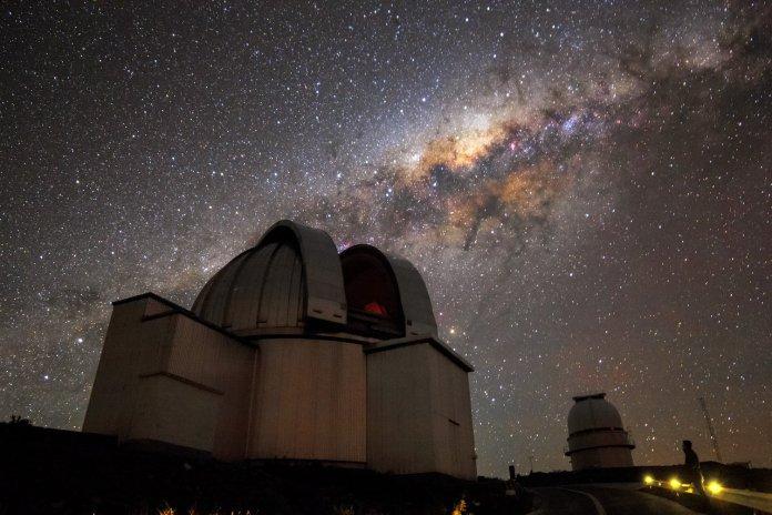 Учени разкриха най-близката до Земята черна дупка
